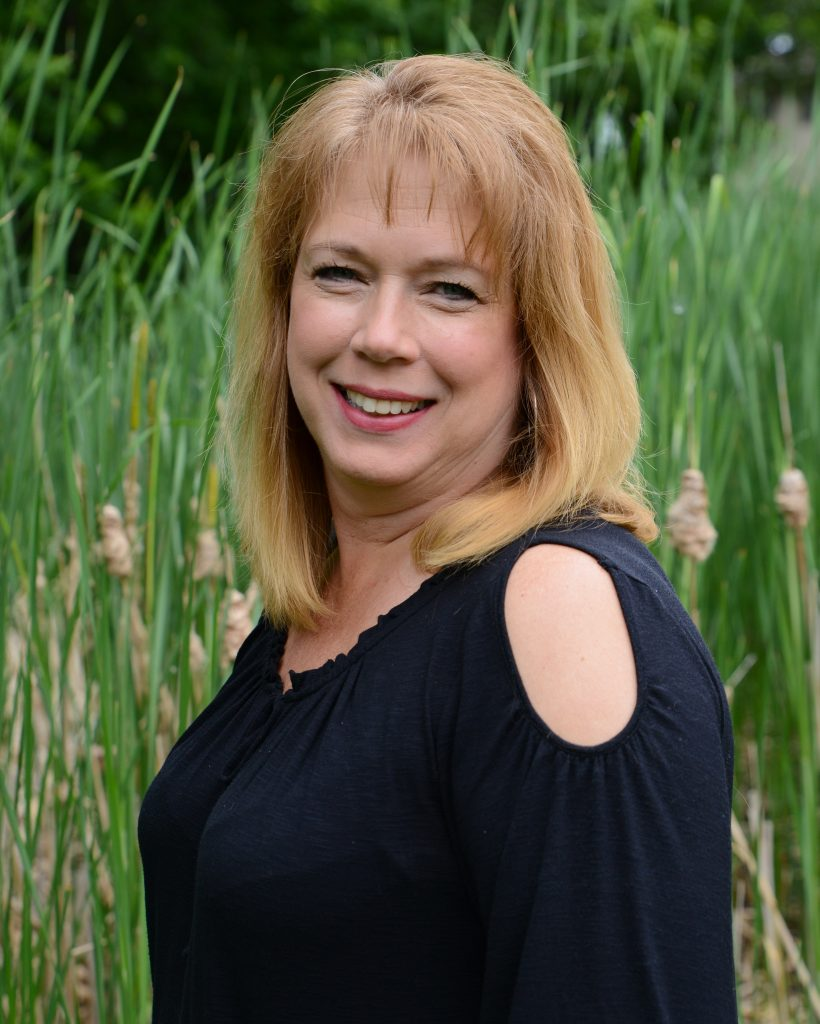 Best Dentist Administrator in Minnetonka and Maple Grove, MN - Blue Ridge Dental Center Minnesota top Dentists MAry